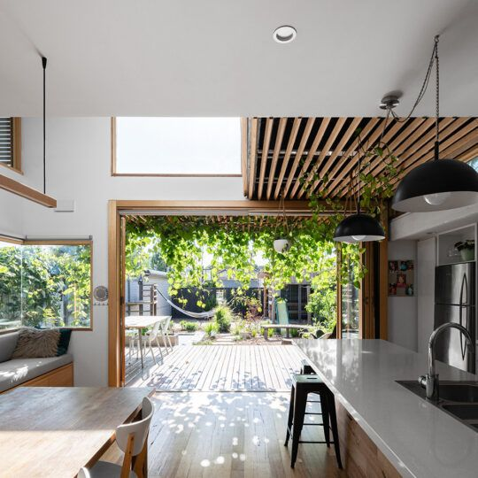https://www.bencallery.com.au/wp-content/uploads/2015/05/42_-Callery-House-Ben-Callery-Architects-high-res-06-540x540.jpg